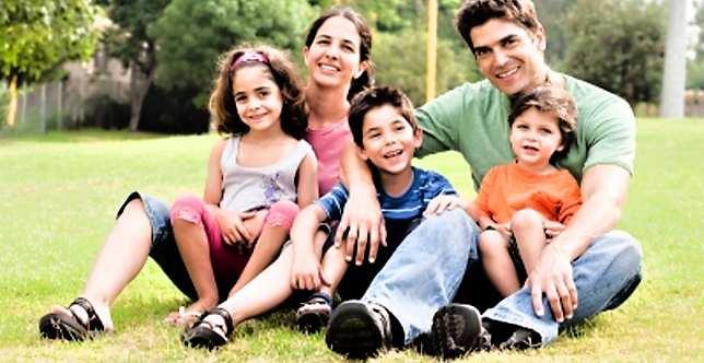 rodzina wychowująca dzieci tokolebka przyjaźni imiłości